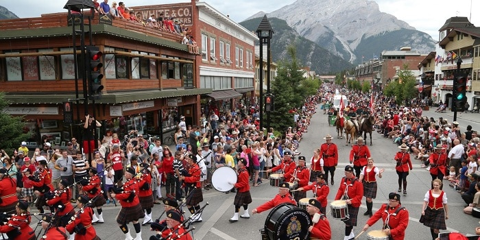Canada Day In Banff - Take your family to Banff and enjoy a beautiful day on Canada Day #Banff #Canadabanff