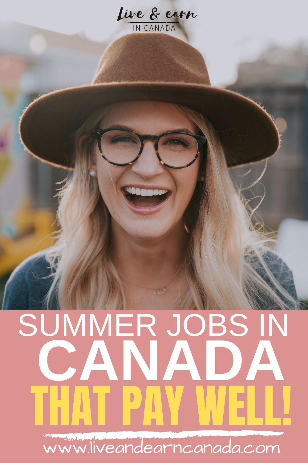 If you are looking for summer jobs in Canada, find the best work from home jobs in Canada as well as the great outdoors! Start earning money today #workincanada #summerjobsincanada #Canadajobs