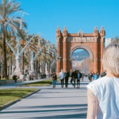 Are you looking for the best places to travel alone? Here are the best solo female travel destinations that you will totally love and enjoy! These are some of the safest places to travel alone as a female traveler! #solotravel #destinationlocations #femaletraveler