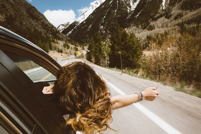 Here is how to save money when traveling by car. Traveling by car can be affordable if you are well prepared #roadtrip #staycation