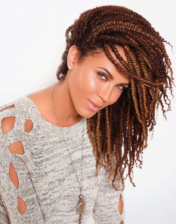 Kinky Twists a perfect protective hairstyle for the beach