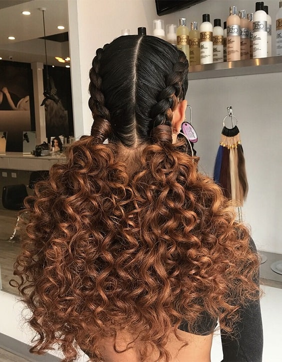 Here us a simple hairstyle for those that have natural hair and are looking for style for the beach.