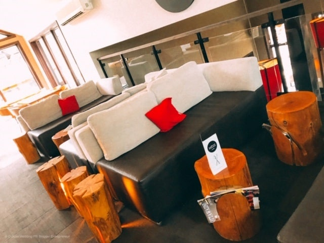 The lounge area and social area at Le Nordik