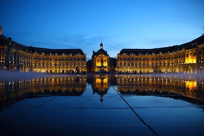 Luxe Adventure Traveler Place de la Bourse Bordeaux France