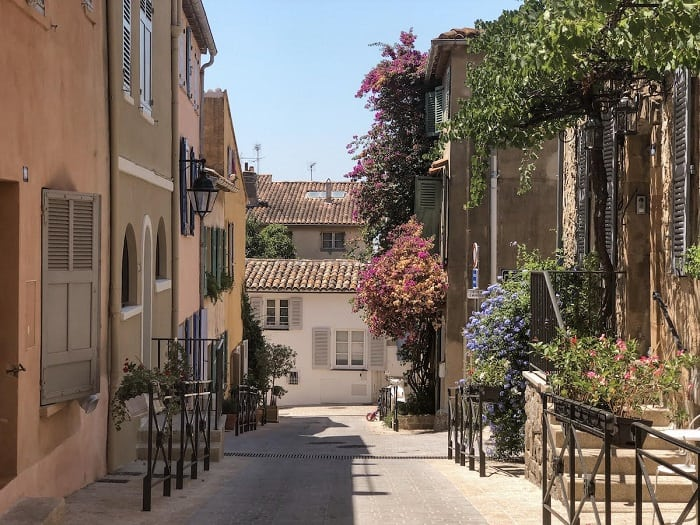 Visiting St Tropez in France, tips and things to do in St Tropez!