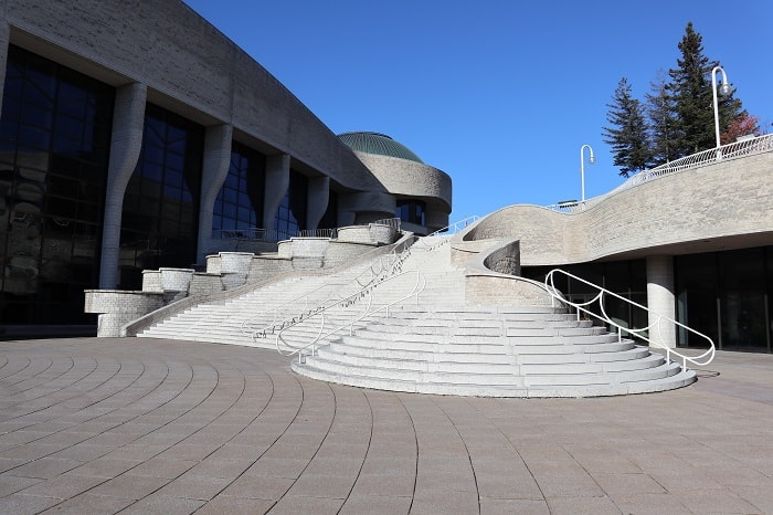 If you are looking for the best museums in Ottawa, you might want to check out this list today!