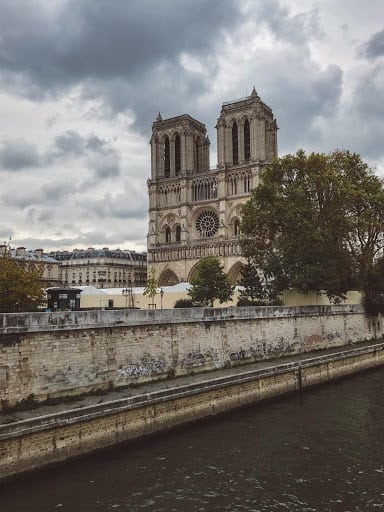 Only have three days to visit in Paris? Be sure to visit Notre Dame in Paris the next time you are in town.