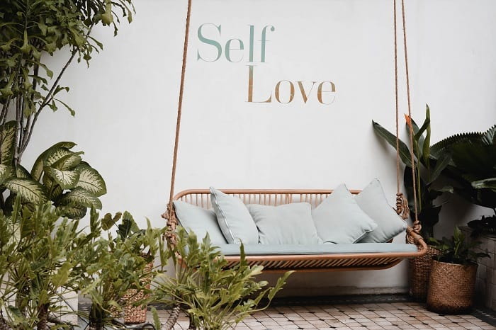 Self love prompts you can use daily to increase love.