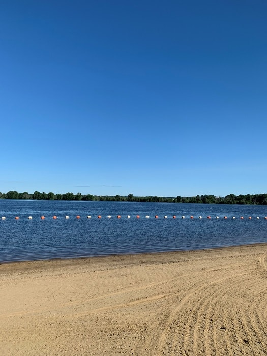Petrie Island Beach. One of the best beaches in Ottawa. Located in Orleans, this beach is a fun place for family. #beach