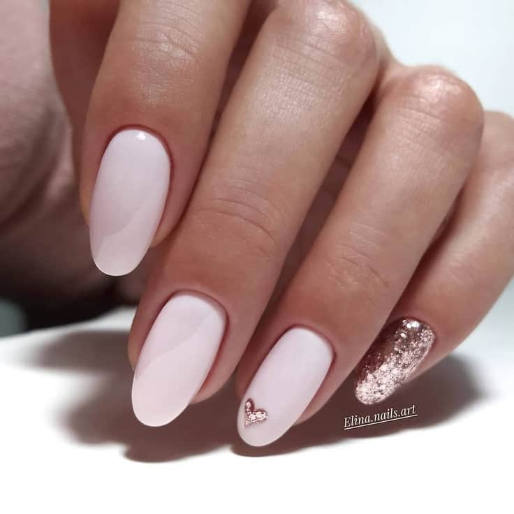 21 Cute Valentine's Day Nails You'll Actually Love The best cute Valentines nails easy simple, Valentines day nails gel, Valentines nail designs easy and Valentines nail art. If you're looking for amazing Valentines day manicure ideas, such as heart nail designs and February nail colors, you have to check out these nude Valentines day nails, nude Valentines nails and short Valentines day nails. #valentinesnails #valentinesdaynails #valentinesnaildesigns #valentinesnailart#shortnails